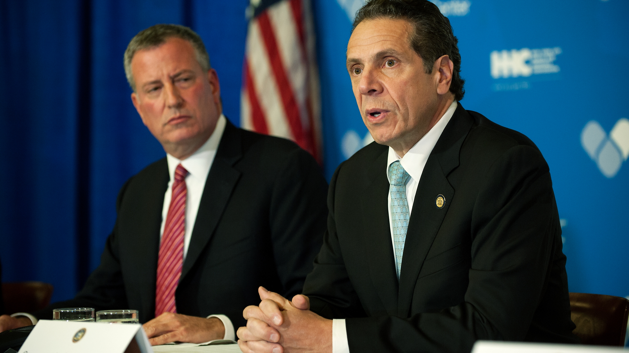 Mayor Bill de Blasio of New York City and Governor Andrew Cuomo of New York speak at a press conference in a file photo from October 23, 2014. (Bryan Thomas/Getty Images)
