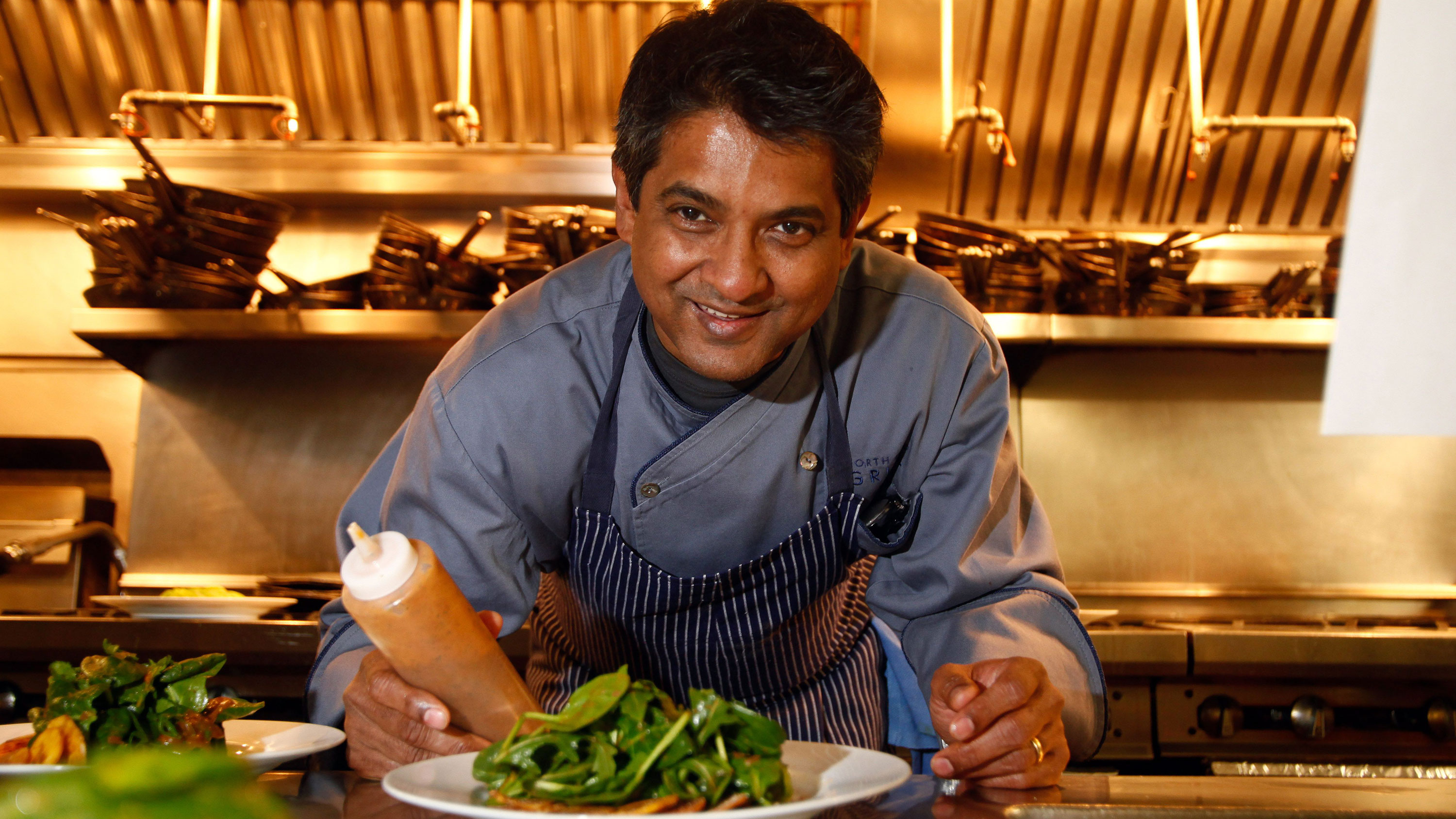World-renowned chef Floyd Cardoz, 59, dies after testing positive ...