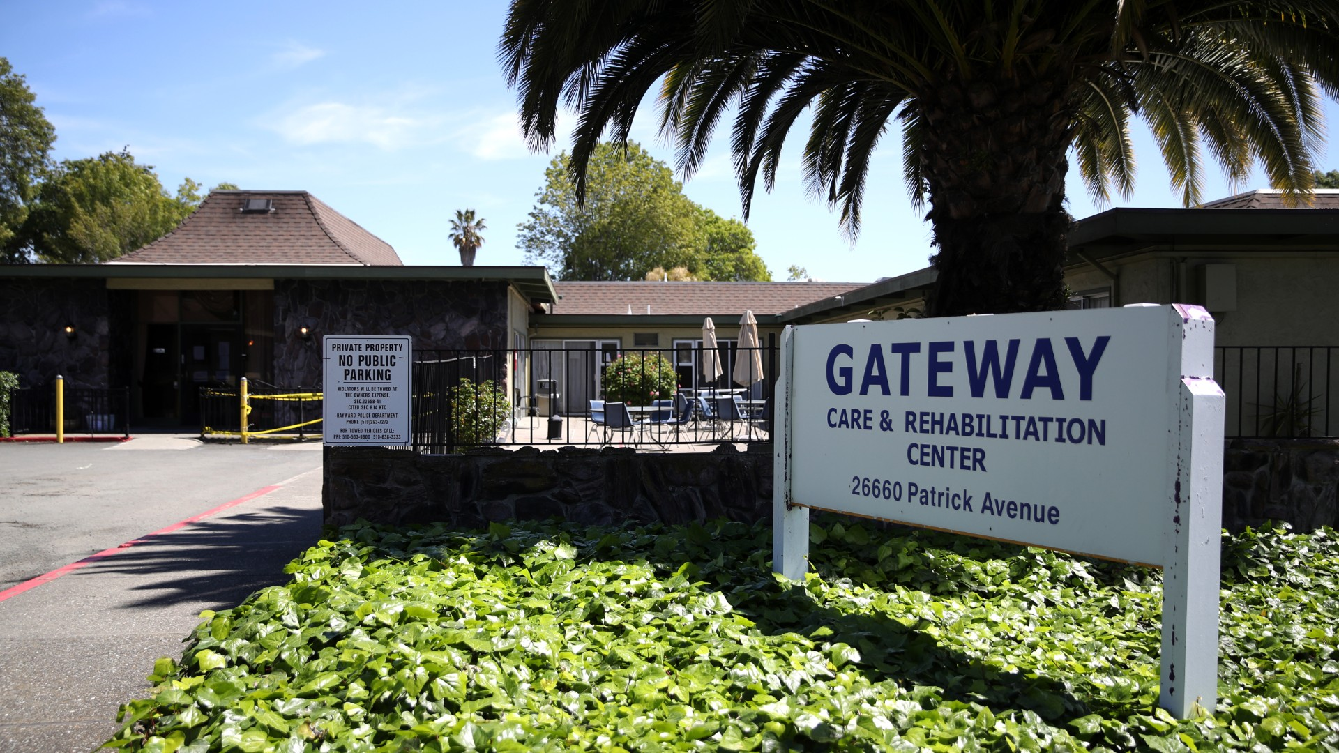A view of the Gateway Care and Rehabilitation Center on April 14, 2020 in Hayward, California. (Justin Sullivan/Getty Images)