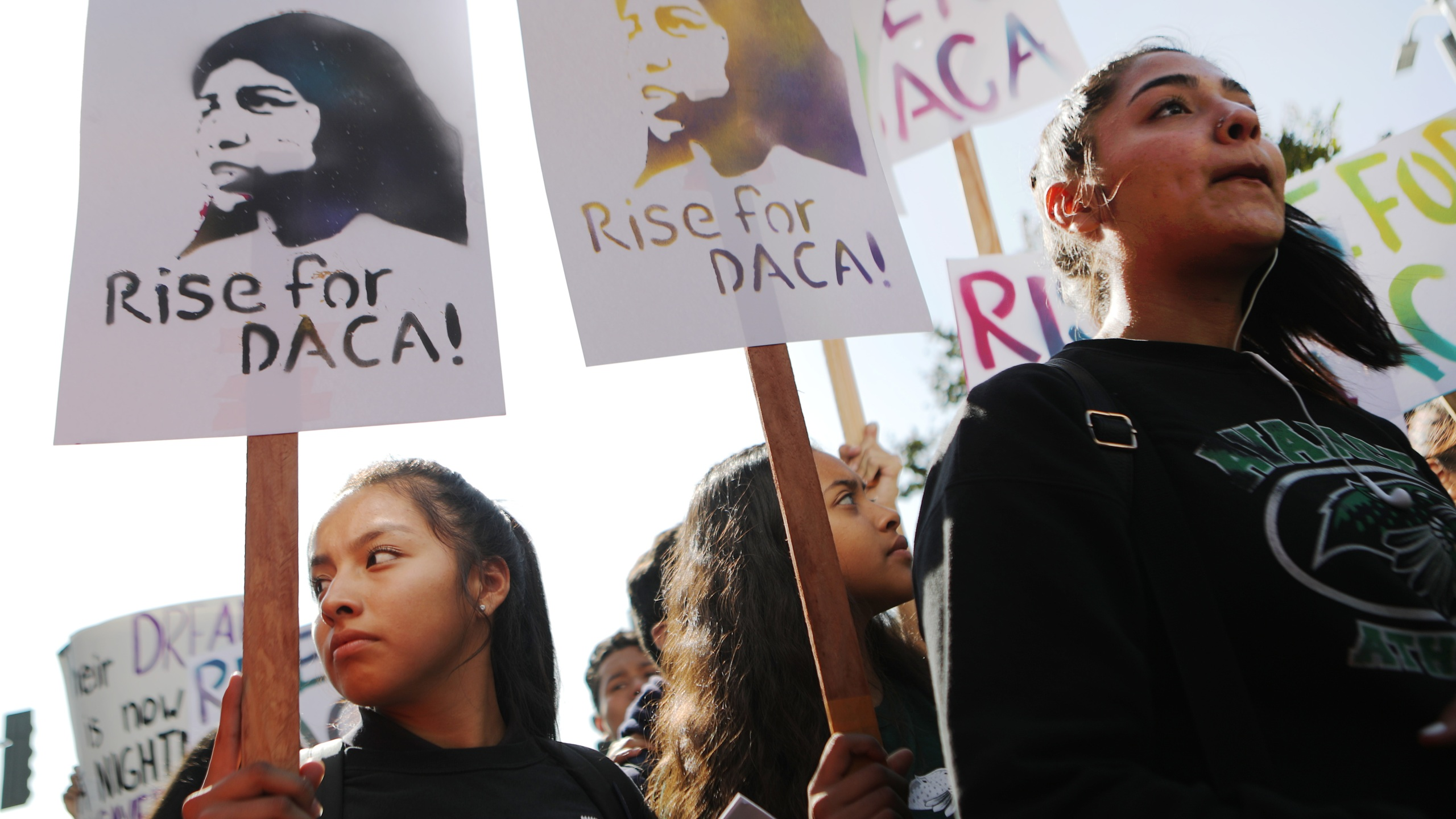 Students and supporters rally in support of DACA recipients in Los Angeles on the day the Supreme Court hears arguments in the Deferred Action for Childhood Arrivals case, Nov. 12, 2019. (Credit: Mario Tama / Getty Images)