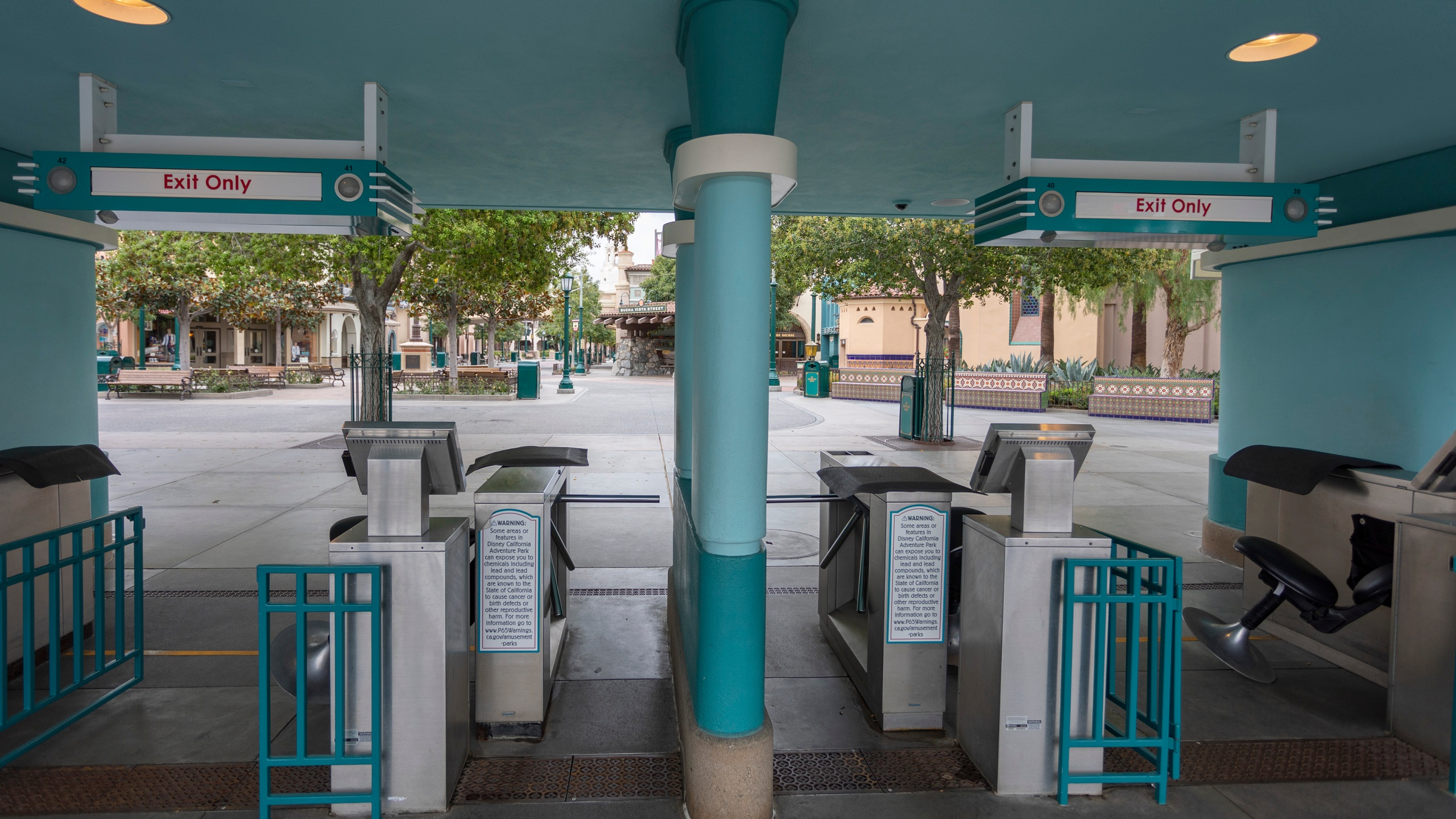 Disney California Adventure stands vacant on March 14, 2020, the first day of the closure of Disneyland and Disney California Adventure theme parks as fears of the spread of coronavirus continue. (David McNew/AFP via Getty Images)