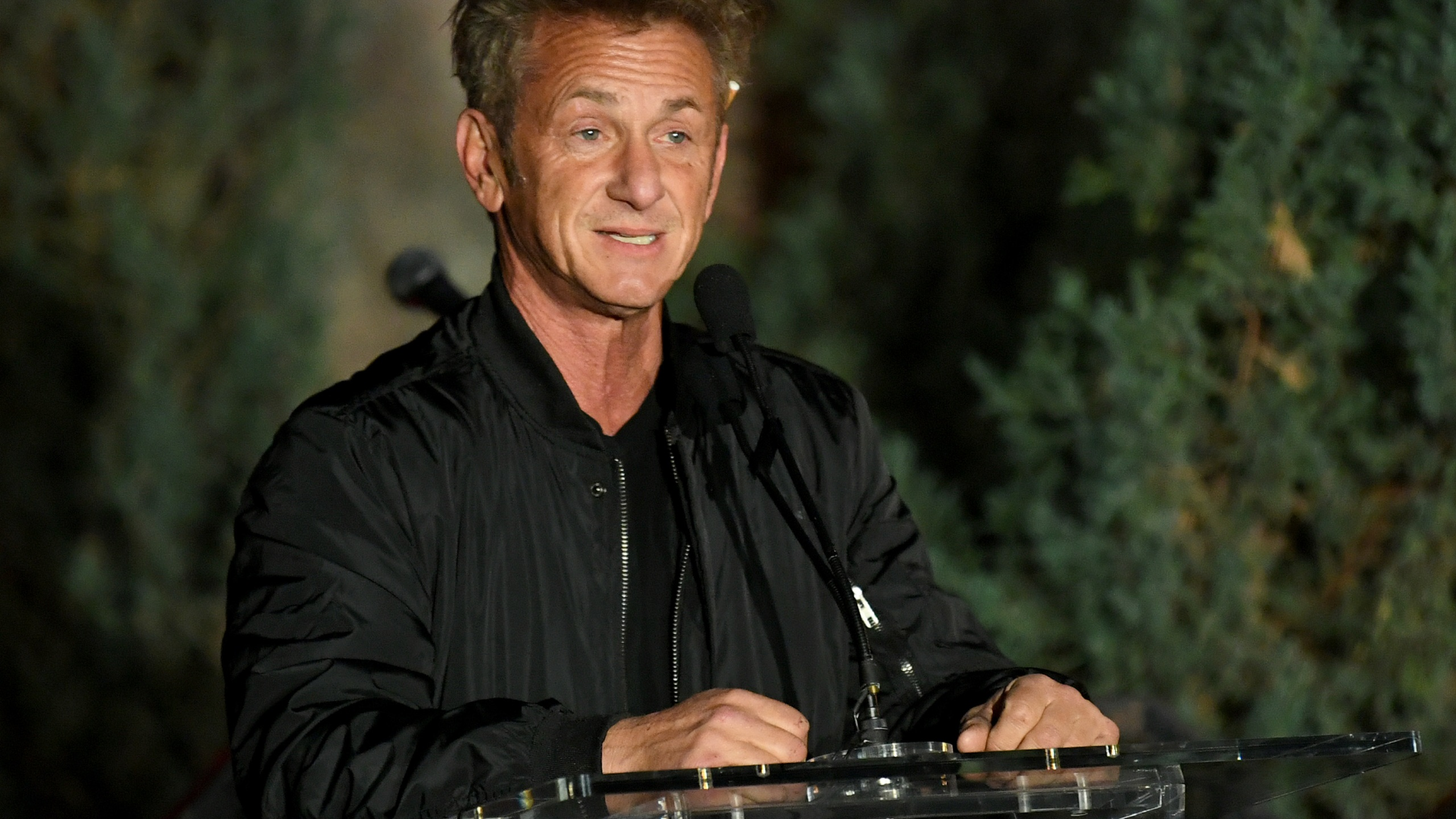 "Sean Penn speaks onstage at the ""Meet Me In Australia"" event benefiting Australia Wildlife Relief Efforts at Los Angeles Zoo on March 08, 2020, in Los Angeles. (Kevin Winter/Getty Images)"