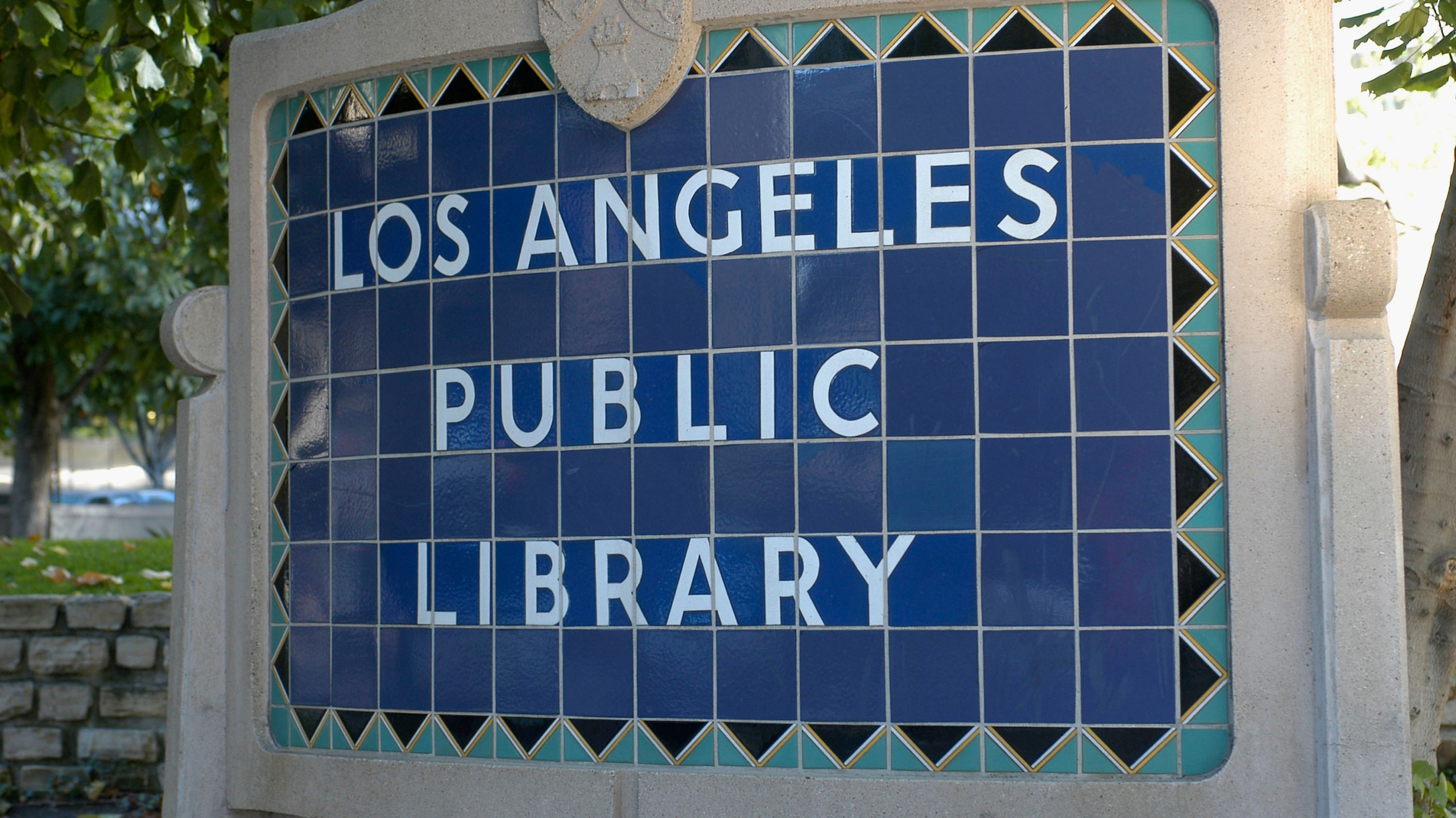 Signage outside the Richard J. Riordan Central Library is seen on May 19, 2005, in Los Angeles. (Stephen Shugerman/Getty Images)