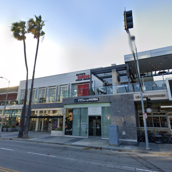 A Google Maps image shows Ruth's Chris Steakhouse in Marina del Rey.