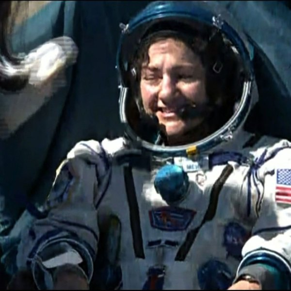 Jessica Meir and two other astronauts landed April 17, 2020. (NASA TV)