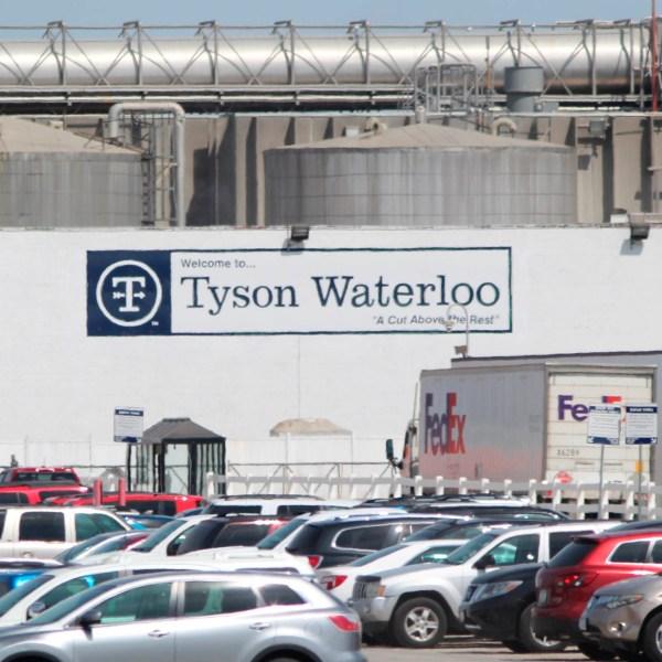 A Tyson Fresh Meats plant stands in Waterloo, Iowa. (Jeff Reinitz/The Courier via AP)