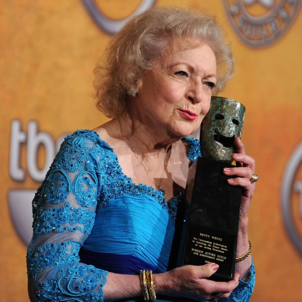 Actress Betty White poses with the Life Achievement Award in the press room at the 16th Annual Screen Actors Guild Awards held at the Shrine Auditorium on January 23, 2010 in Los Angeles. (Frazer Harrison/Getty Images)_