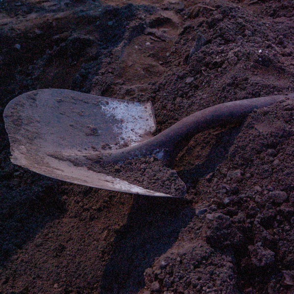 A shovel is seen in a file photo. (iStock/Getty Images Plus)