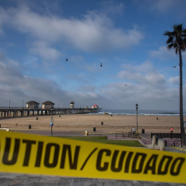 Huntington Beach, California is virtually empty on May 2, 2020.(APU GOMES/AFP via Getty Images)