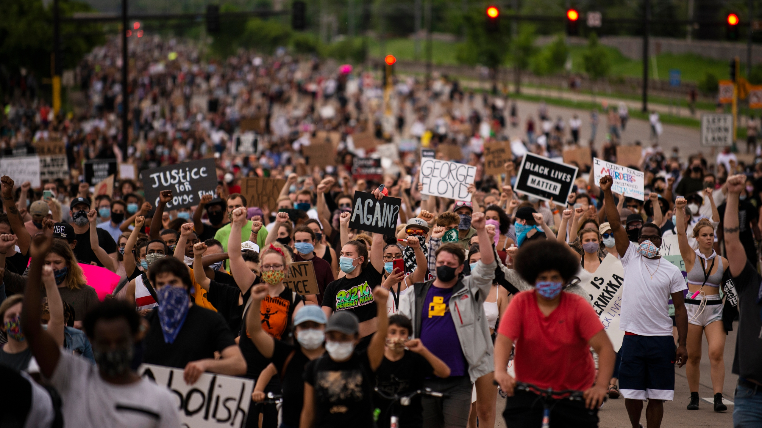 Protesters march on Hiawatha Avenue while decrying the killing of George Floyd on May 26, 2020 in Minneapolis, Minnesota. (Stephen Maturen/Getty Images)