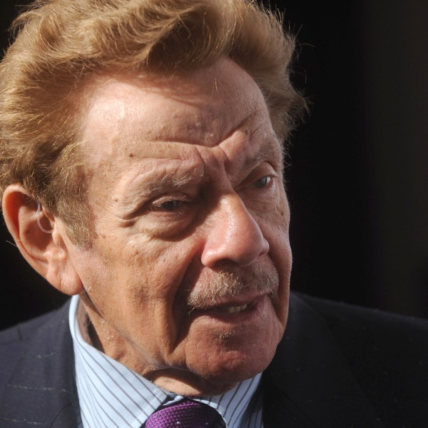 """Jerry Stiller attends the Project A.L.S. benefit gala """"Tomorrow is Tonight"""" at the Waldorf Astoria on October 7, 2008 in New York City. (Brad Barket/Getty Images)"""