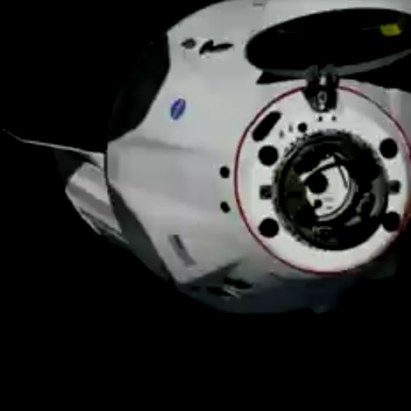 The Dragon capsule arrives at the International Space Center on May 31, 2020. (SpaceX)