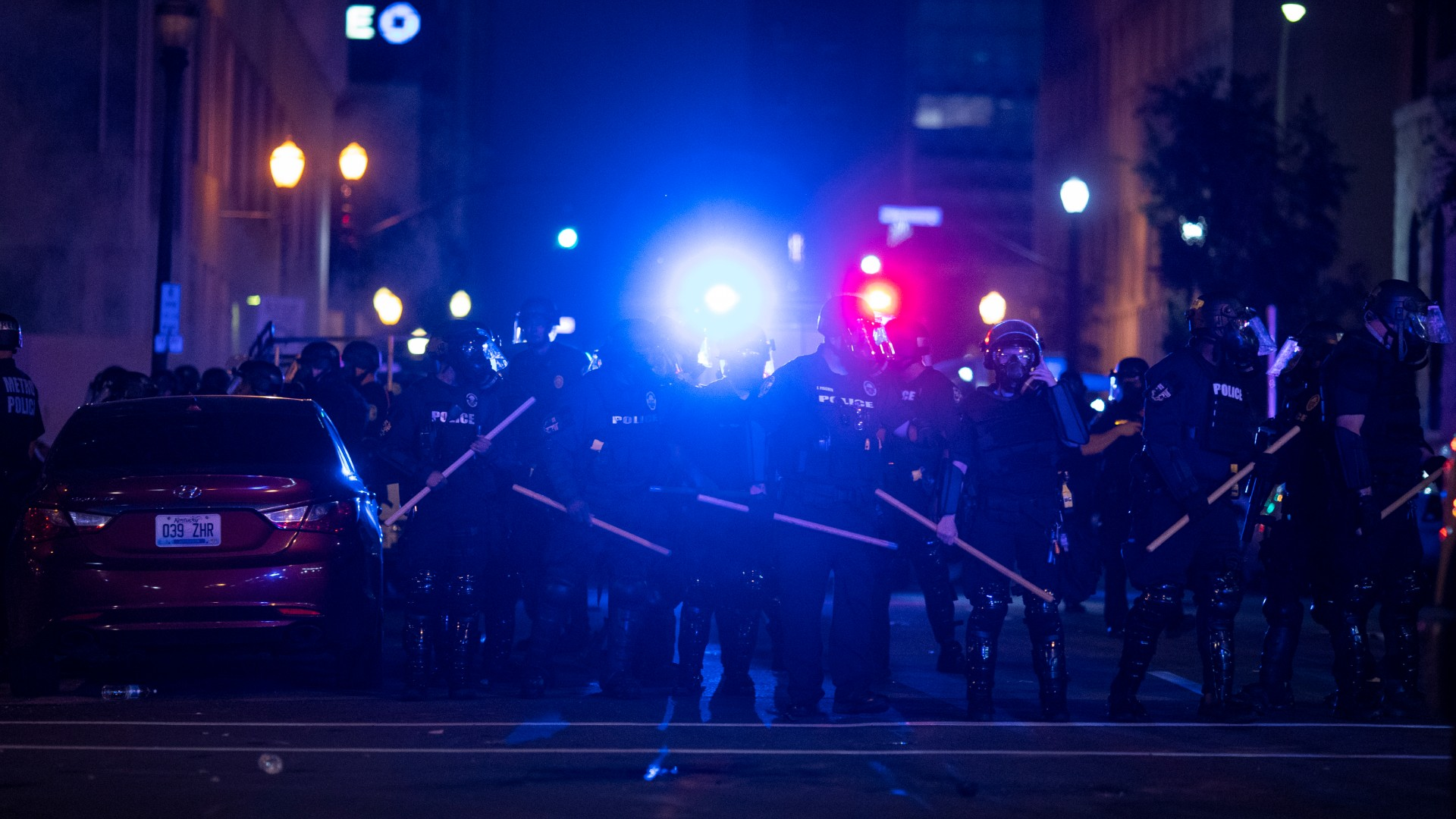 Police in riot gear stand in formation during protests on May 29, 2020 in Louisville, Kentucky. Protests have erupted after recent police-related incidents resulting in the deaths of African-Americans Breonna Taylor in Louisville and George Floyd in Minneapolis, Minnesota. (Brett Carlsen/Getty Images)