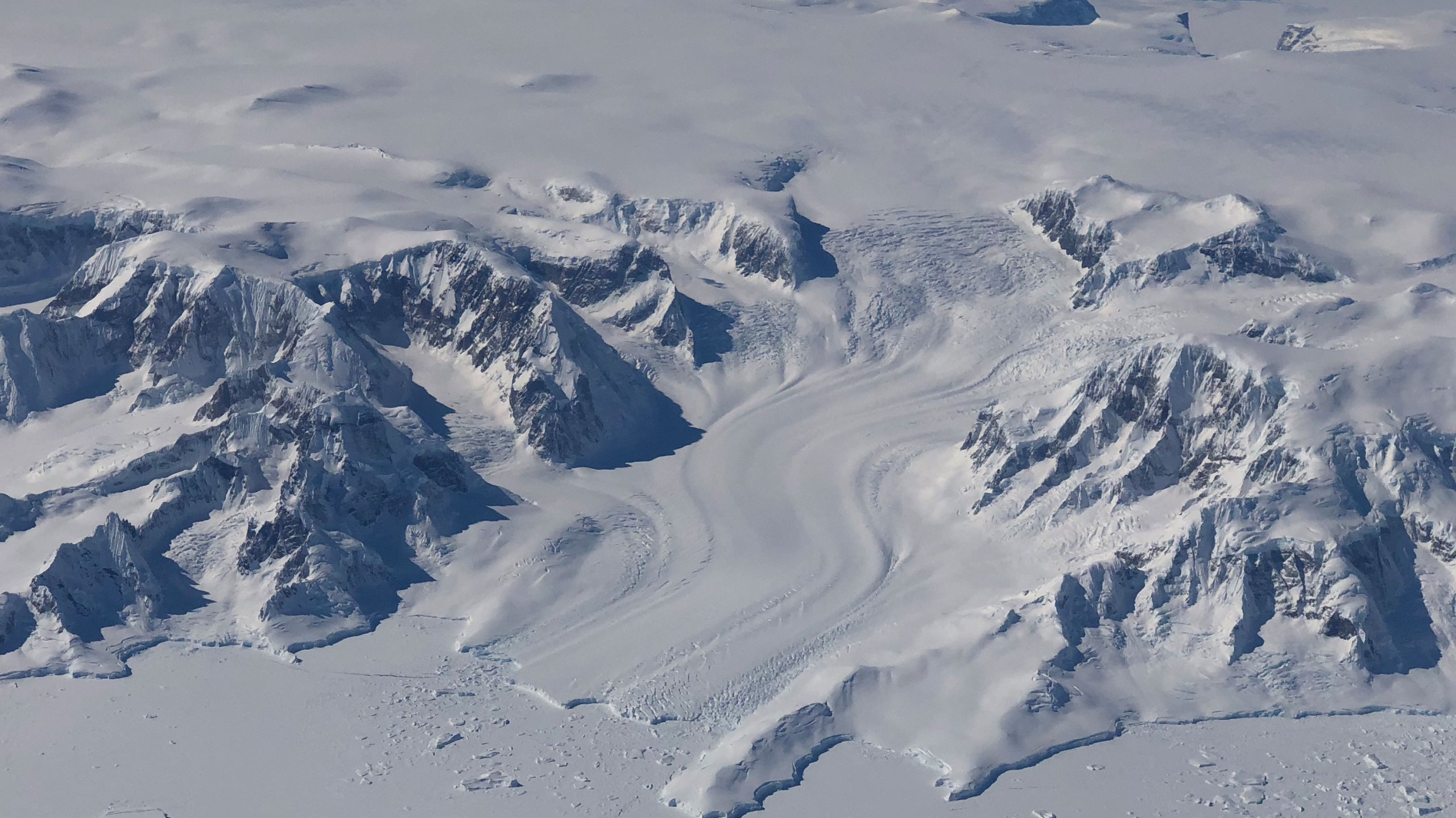 Using the most advanced Earth-observing laser instrument NASA has ever flown in space, scientists have made detailed measurements of how the elevation of the ice sheets in Greenland and Antarctic have changed over 16 years. (K. Ramsayer/NASA via CNN)