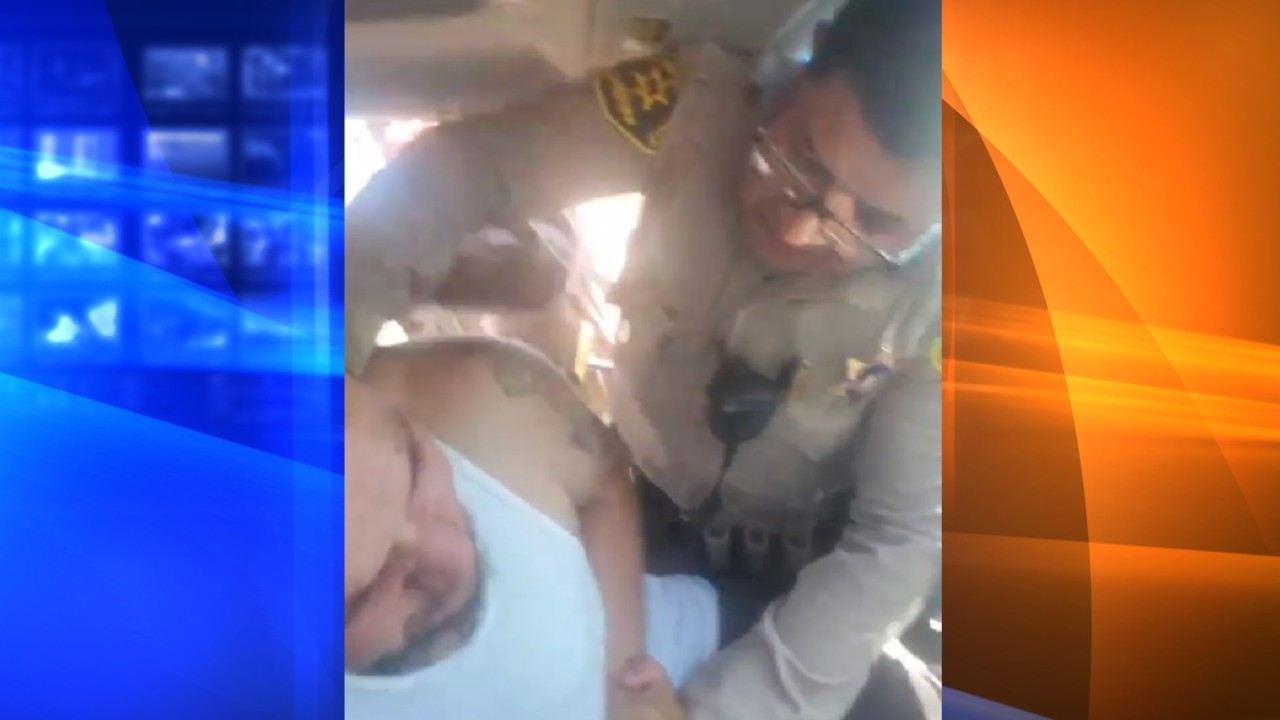 Andres Guardado Video Porno video shows deputy punching driver during traffic stop in