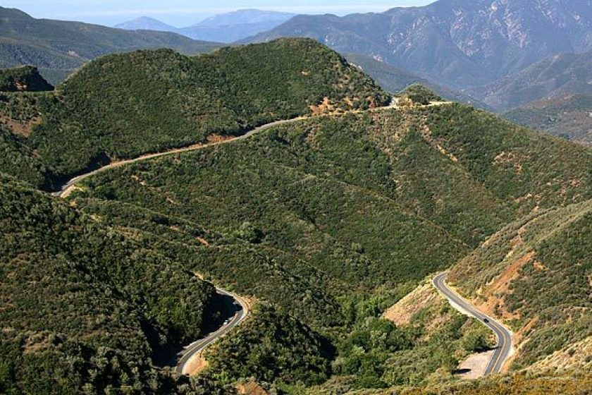Highway 33 winds through the mountains of the Los Padres National Forest in Ventura County in this undated photo.(Michael Robinson Chavez / Los Angeles Times)