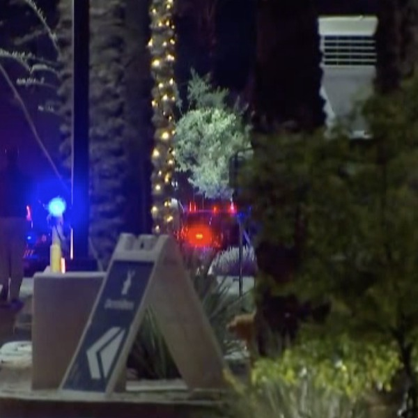 Authorities respond to a shooting at a mall in Glendale, Arizona. (KPHO, KTVK via CNN)