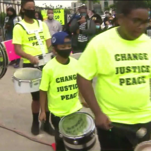 Crenshaw youth hold a peaceful protest on June 20, 2020. (KTLA)