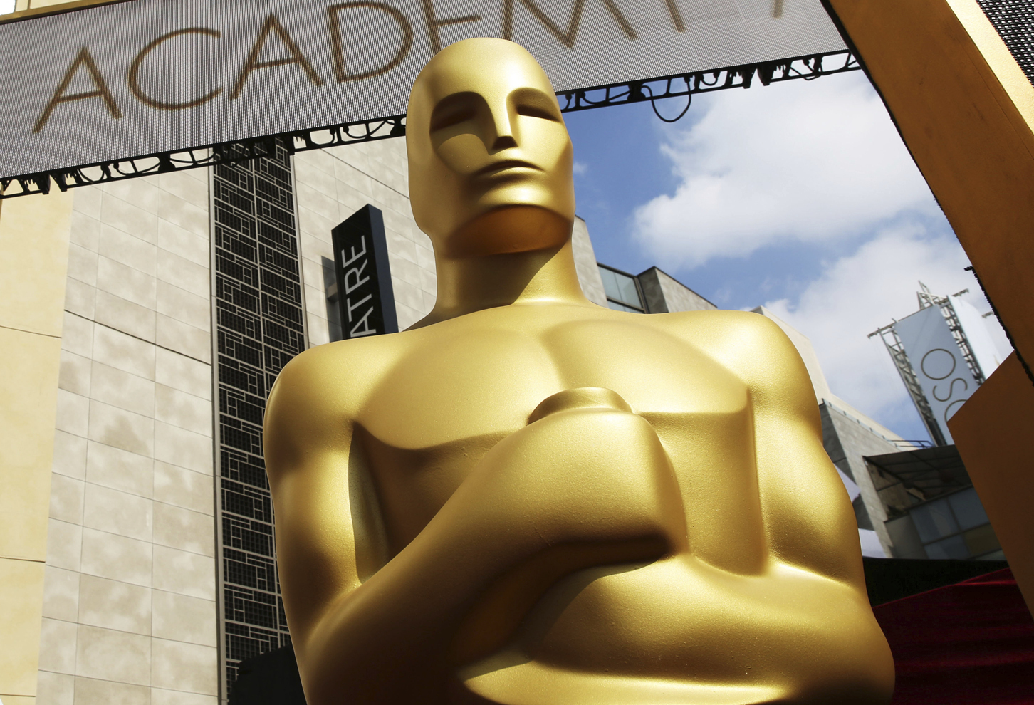 An Oscar statue appears outside the Dolby Theatre for the 87th Academy Awards in Los Angeles on Feb. 21, 2015. (Matt Sayles/Invision/AP, File)
