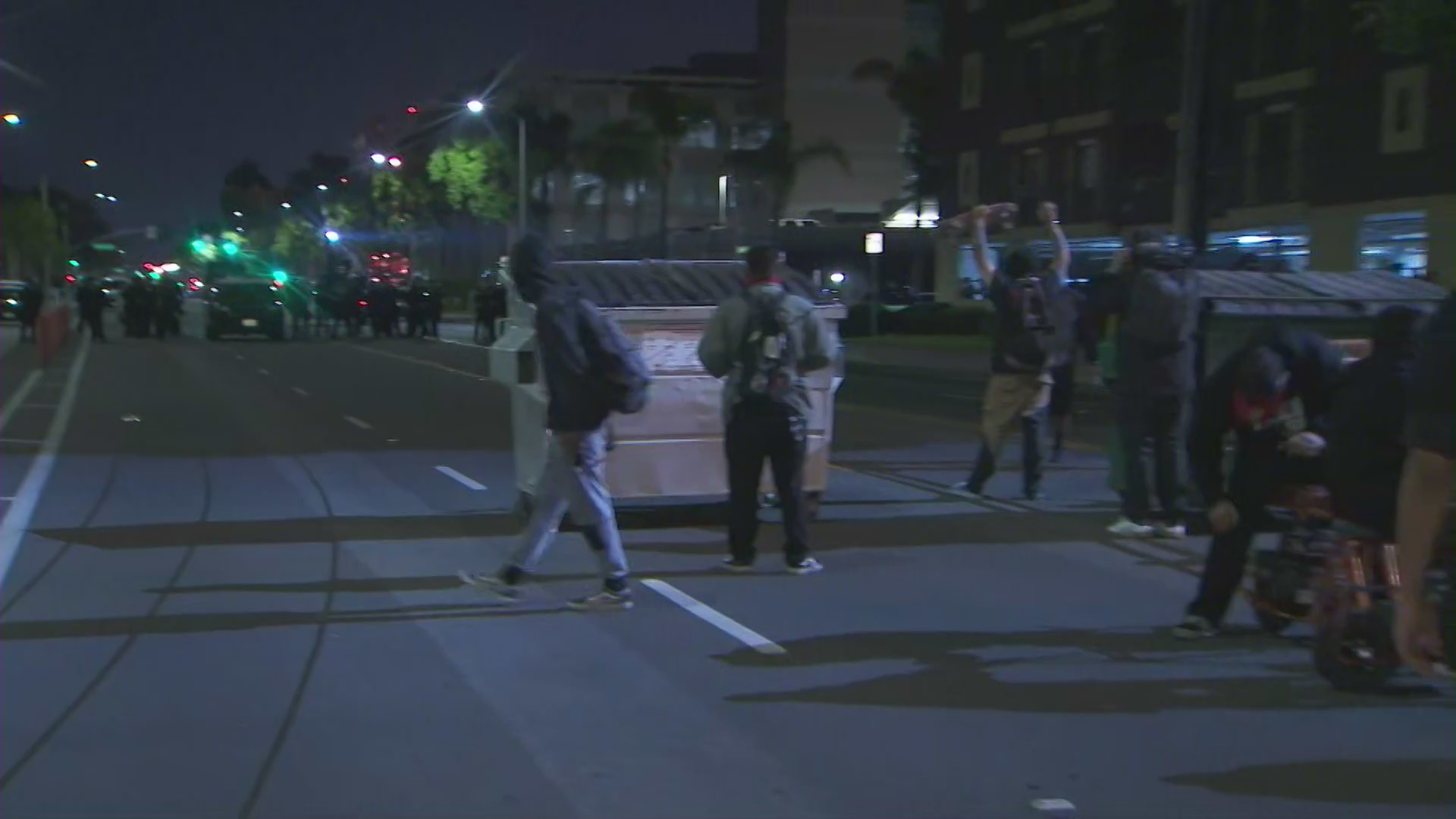 Andres Guardado Video Porno mostly peaceful protest in santa ana ends with standoff