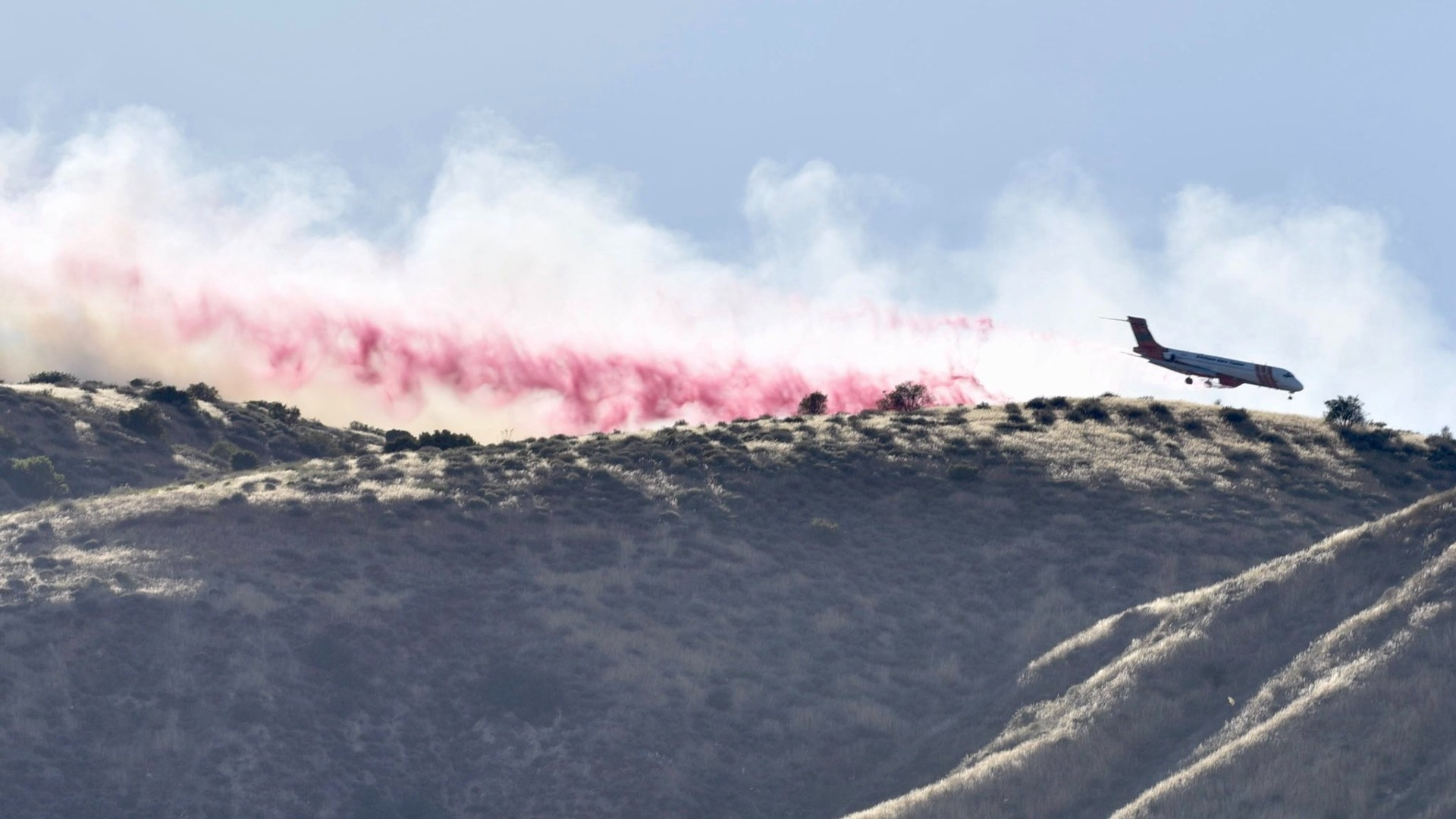 Firefighters battle the 200-acre Lime Fire near Lake Piru in Ventura County on June 10, 2020. (Credit: Ventura County Fire Department)