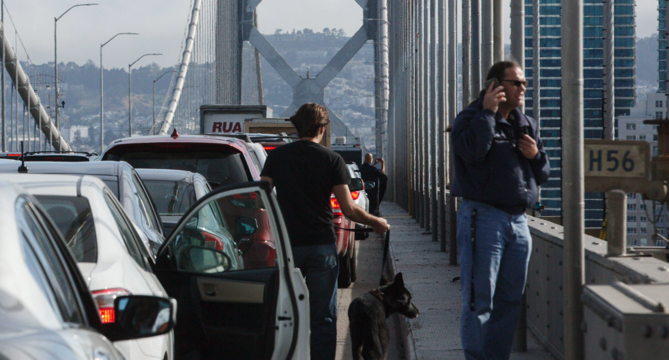 Bay Bridge blocked by protesters on June 14, 2020. (feature image only) @santiagomejia)