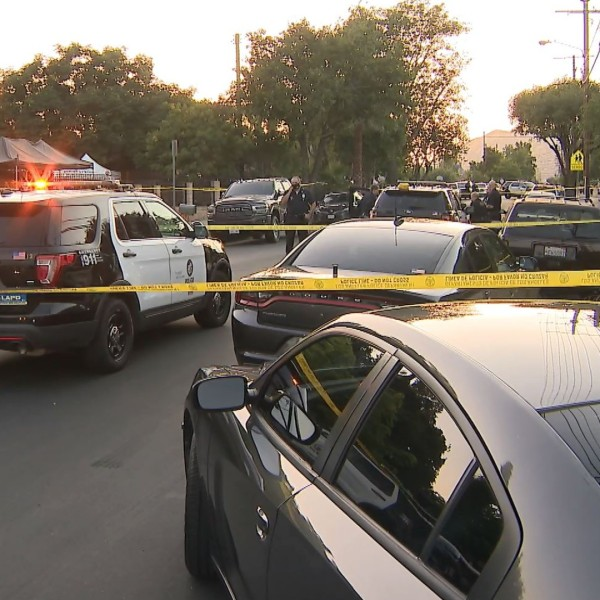 Police investigate the scene of a shooting in Sylmar on June 14, 2020. (KTLA)