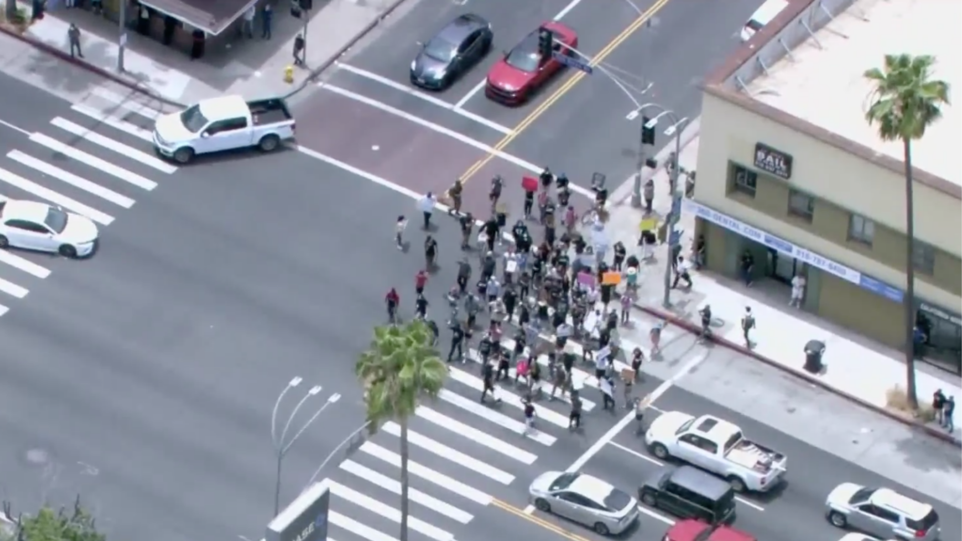 Protesters march on the streets of Van Nuys on June 1, 2020. (Sky5)