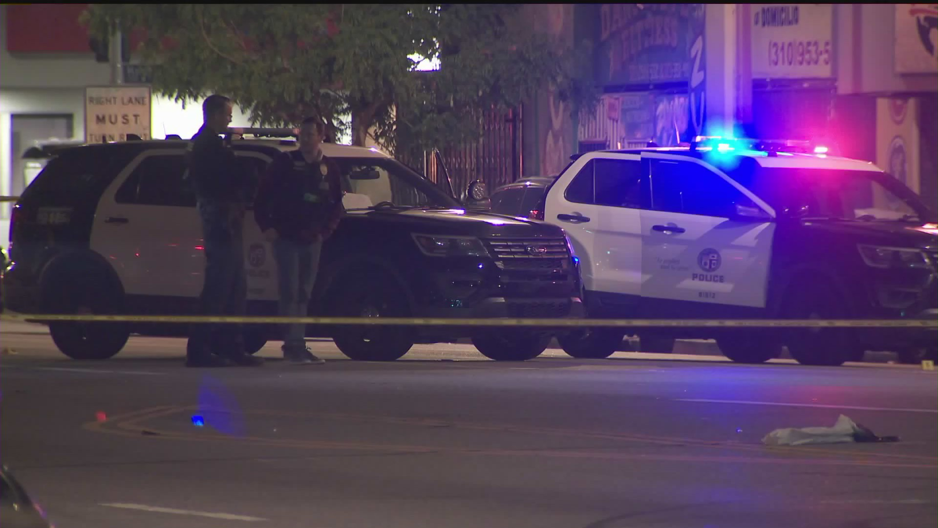 Police investigate a shooting in South Los Angeles on June 3, 2020. (KTLA)