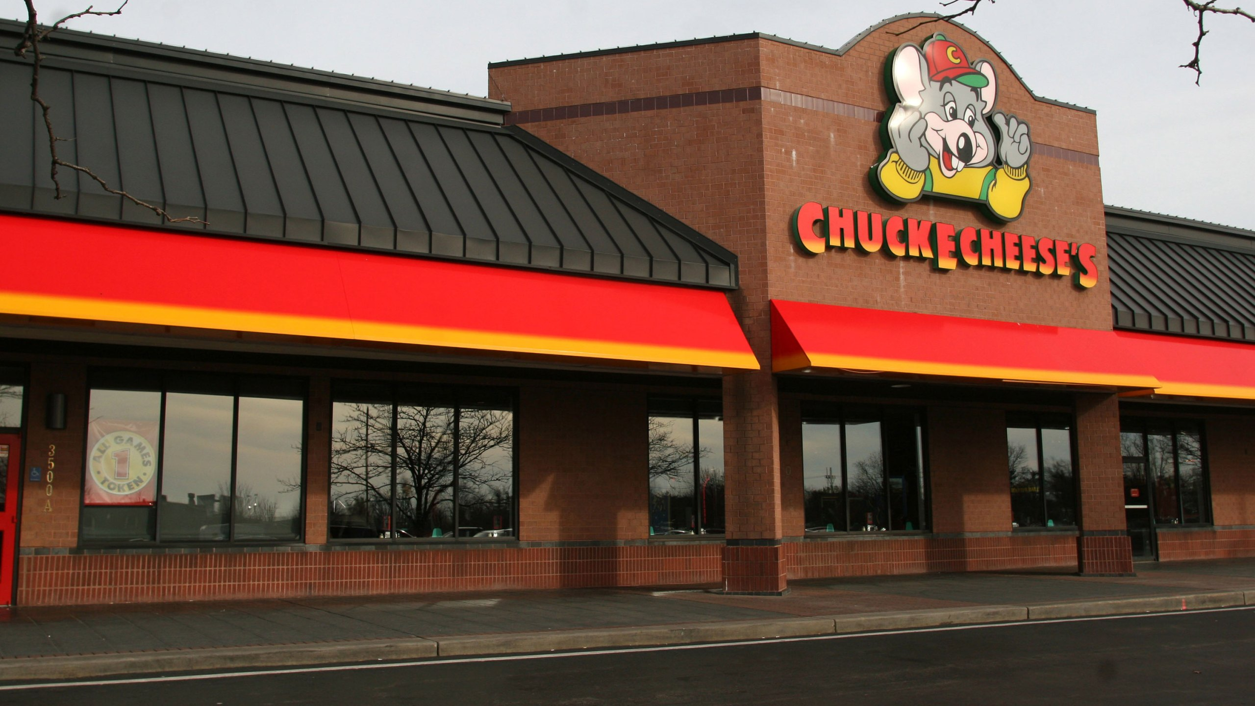 Chuck E. Cheese's parent company files for bankruptcy. (Mark Schiefelbein/Wireimage/Getty Images via CNN Wire)