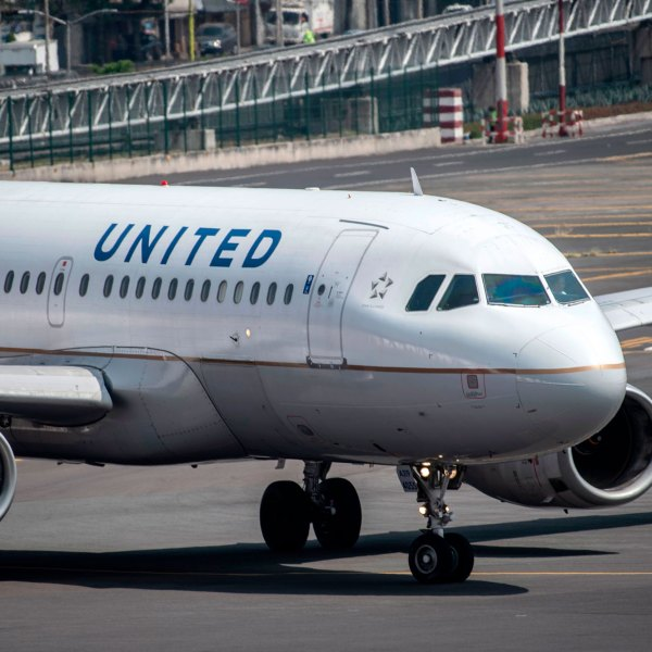 A United Airlines plane prepares to take off at the Benito Juarez International airport in Mexico City, on March 20, 2020. (PEDRO PARDO/AFP via Getty Images)