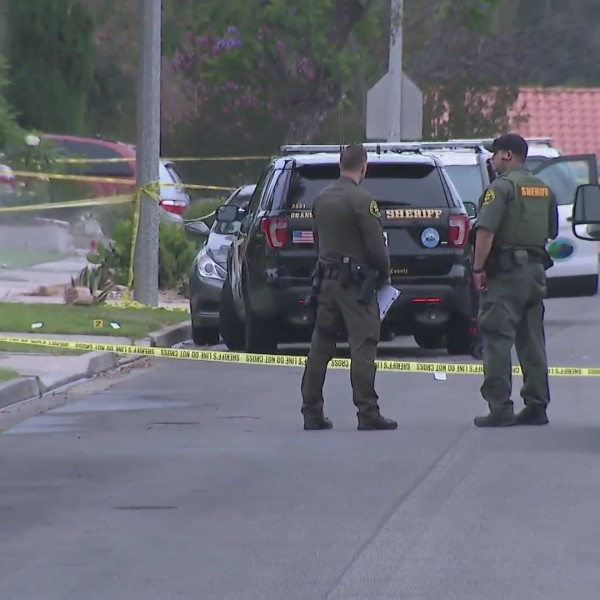 A shooting involving Orange County Sheriff's deputies in Lake Forest was under investigation on June 24, 2020. (KTLA)