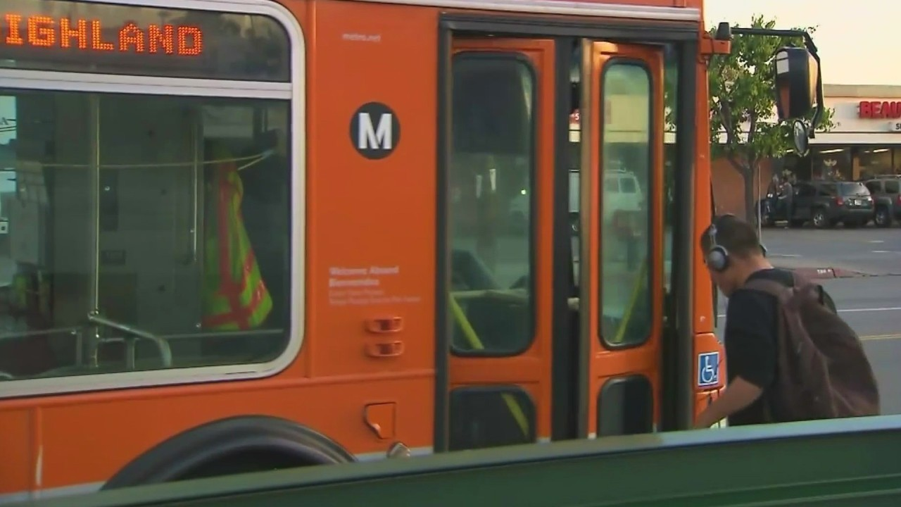 Metro L.A. offering free bus, bike and train rides for California recall election voters - KTLA Los Angeles