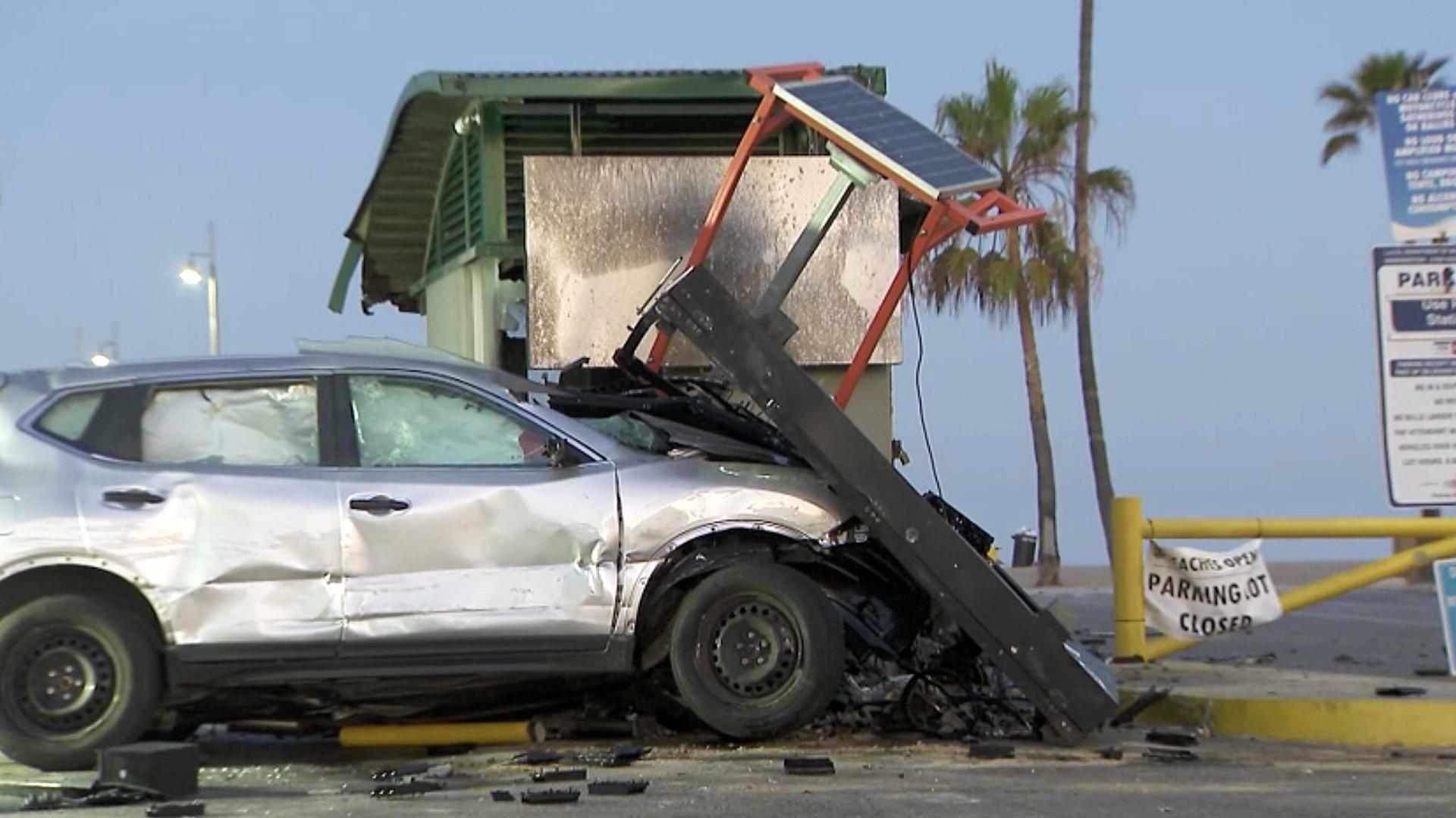 Police investigate a crash in Venice on June 11, 2020. (KTLA)