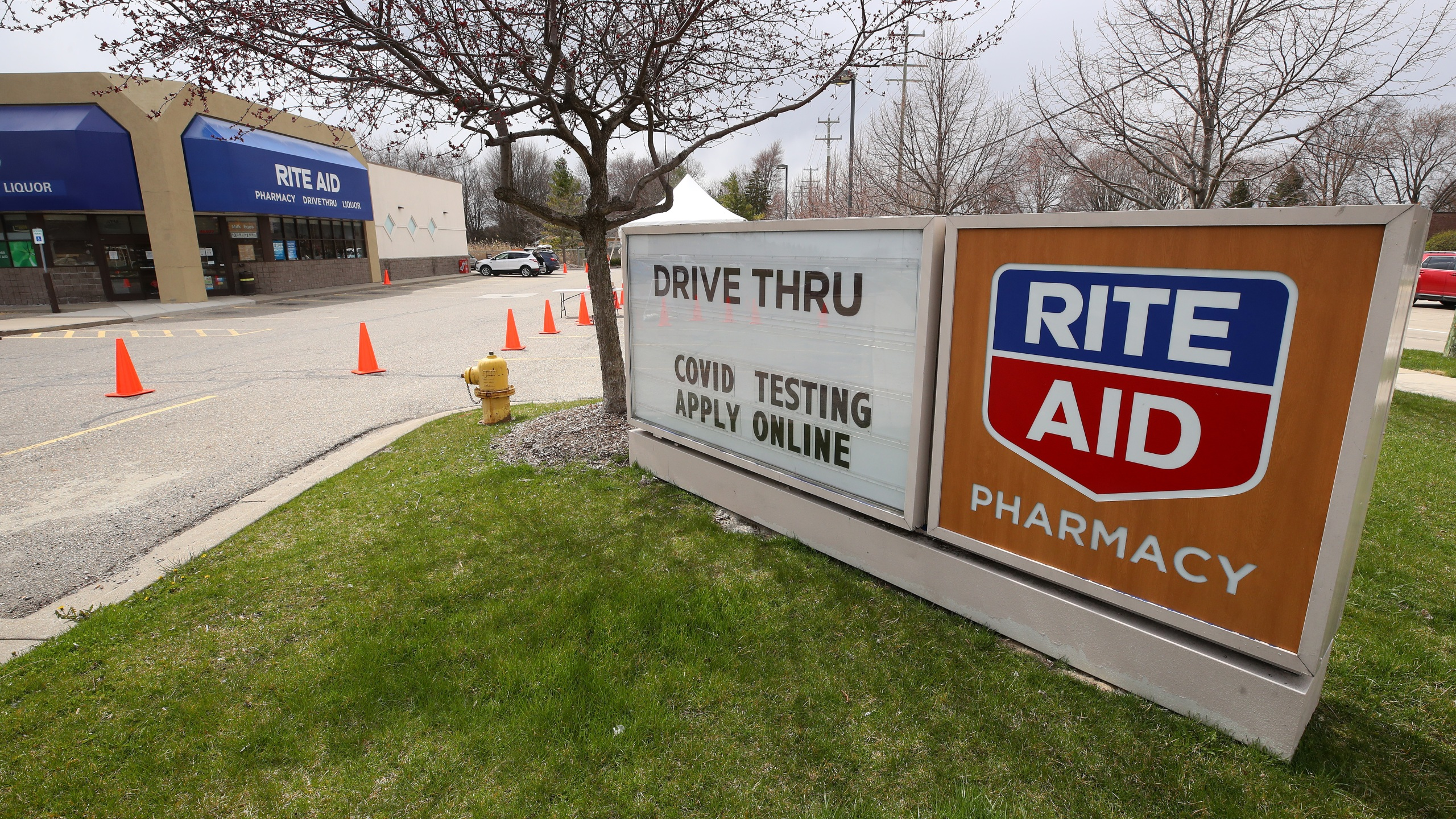A Rite Aid pharmacy offering drive thru coronavirus testing is seen on April 21, 2020, in Macomb, Michigan. (Gregory Shamus/Getty Images)