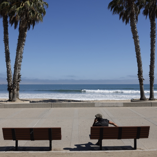 An empty beachfront in Ventura, Calif. that would typically be packed with people on July the 4th. Most beaches and beach parking are closed from the 3rd through to the 7th of July 2020 as California fights rising COVID-19 infections. (Brent Stirton/Getty Images)