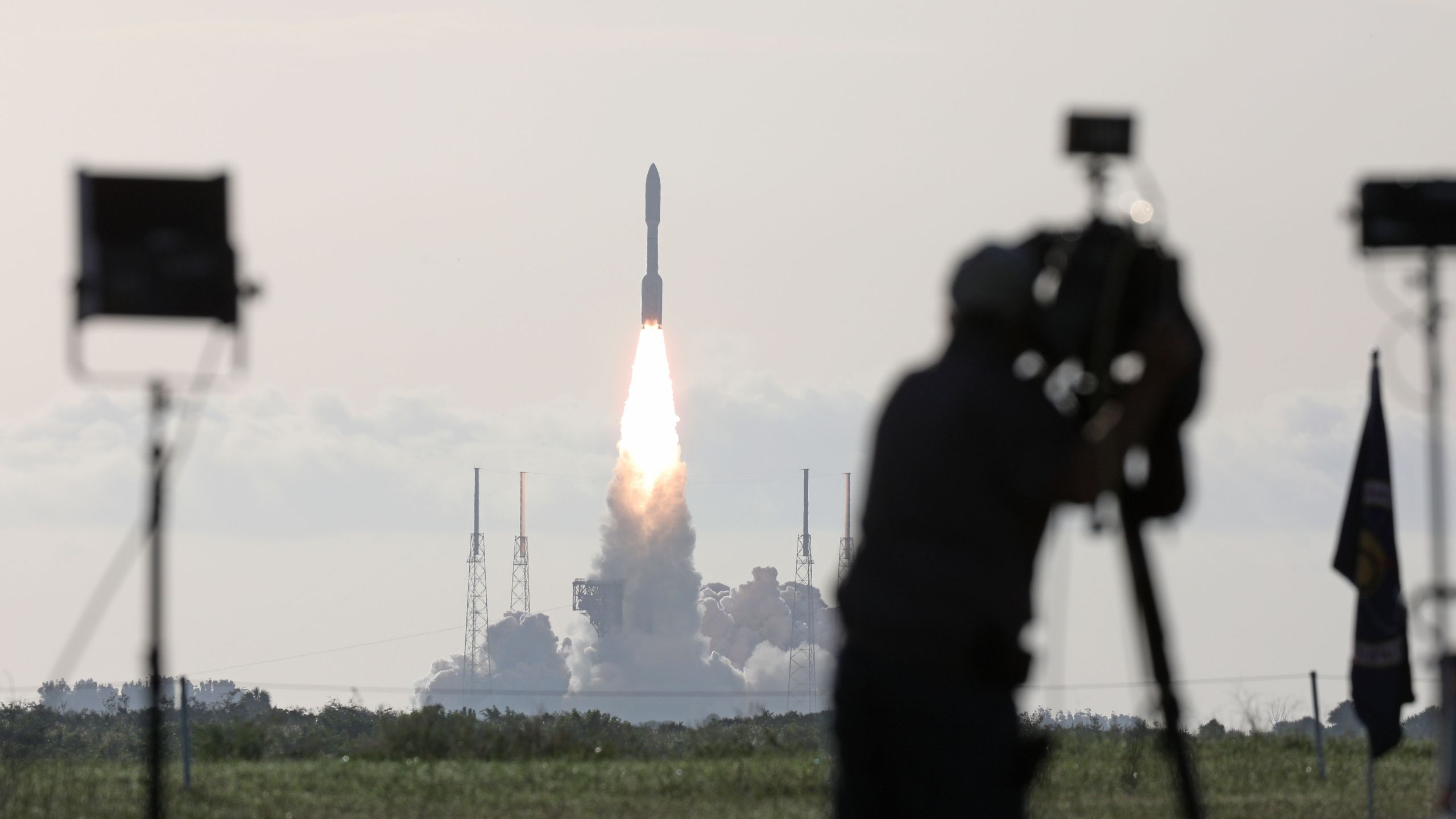 An Atlas V rocket with the Perseverance rover lifts off from Launch Complex 41 at Cape Canaveral Air Force Station in Florida on July 30, 2020. (GREGG NEWTON/AFP via Getty Images)