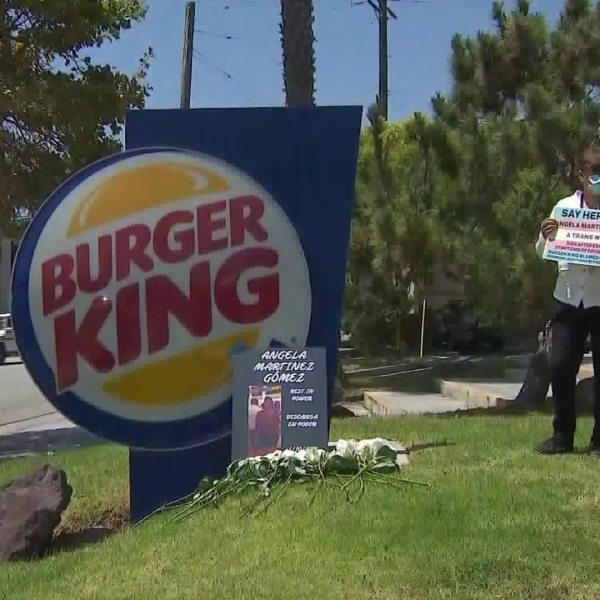 Employees of a Santa Monica Burger King hold a silent protest on July 10, 2020. (KTLA)