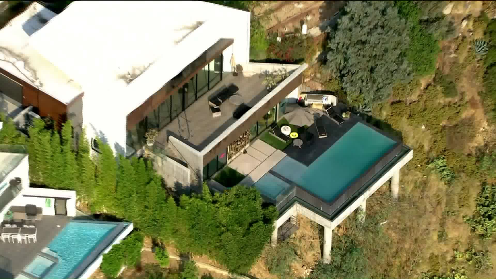 Mayor Eric Garcetti said he authorized shutting off utility services at this Hollywood Hills home pictured on Aug. 19, 2020, that's been the site of parties despite a ban on large gatherings during the coronavirus pandemic. (KTLA)