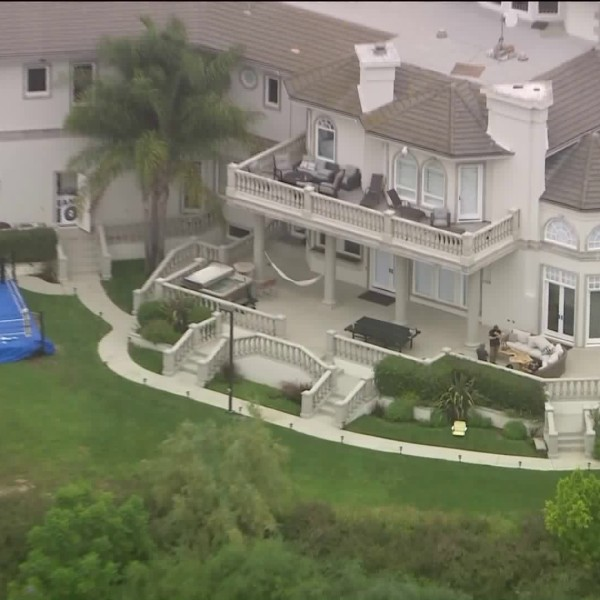 The FBI searched Jake Paul's mansion in Calabasas on Aug. 5, 2020. (KTLA)
