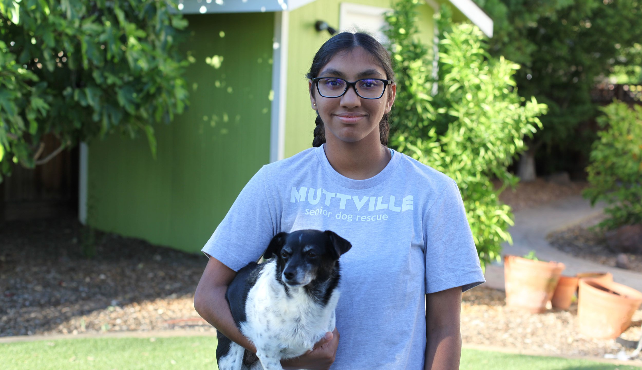 Meena Kumar, 14, helps abandoned senior dogs get a second chance. (Jayashree Subrahmonia via CNN)