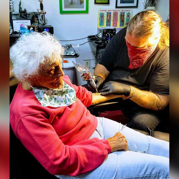 Dorothy Pollack getting her first tattoo. (Teresa Gomez Zavitz-Jones)