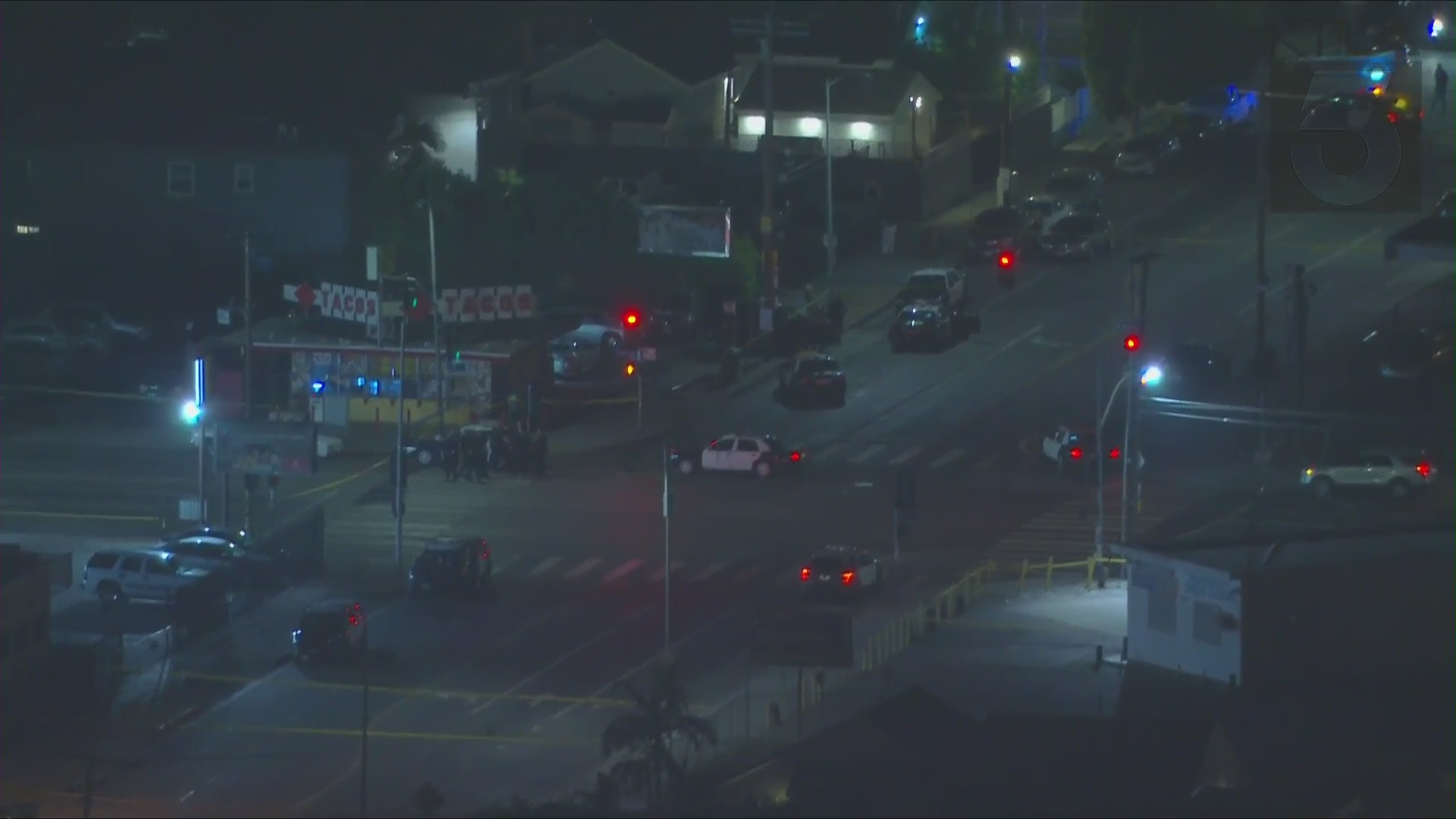 Man Killed 2 Women Injured In Green Meadows Shooting That Lapd Believes To Be Gang Related Ktla