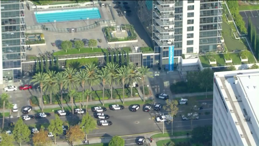 Police respond to a shooting in Santa Ana on Sept. 2, 2020. (KTLA)