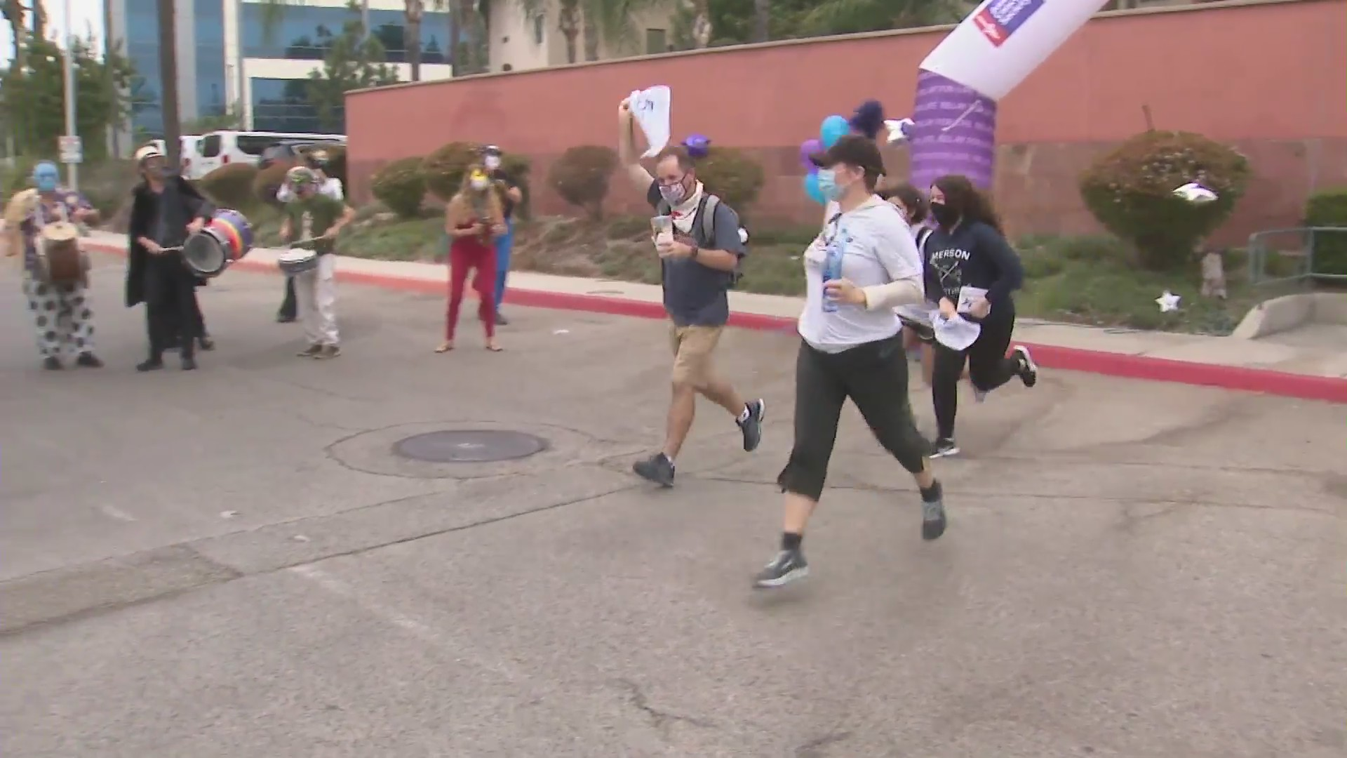 People participate in a cancer fundraiser on Sept. 26, 2020, in Burbank. (KTLA)