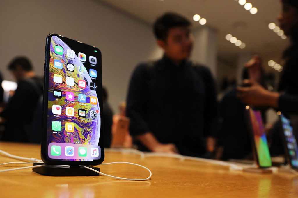 New software update will 'transform the core experience of iPhone,' Apple says