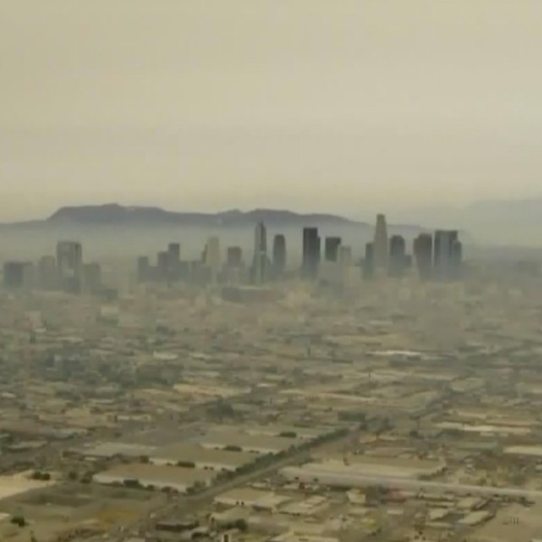 Smoke and haze blanket the downtown Los Angeles skyline on Sept. 10, 2020. (KTLA)