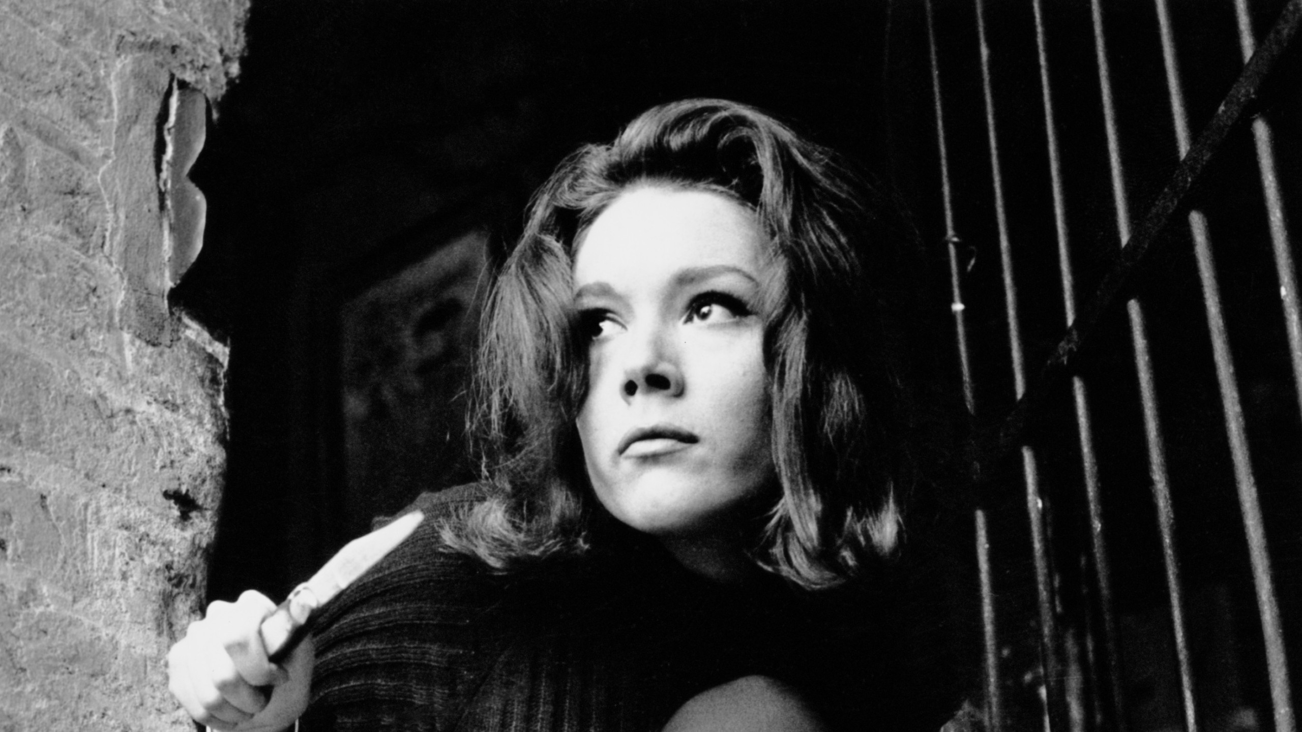 English actress Diana Rigg as Emma Peel in the television series 'The Avengers', 14th December 1964. (Terry Disney/Express/Getty Images)