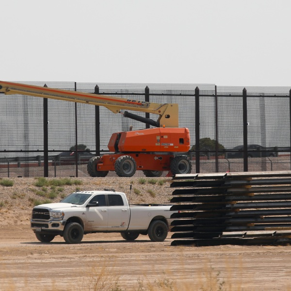 This photo shows the construction site of a new section of the border wall between El Paso, Texas and Ciudad Juarez, Chihuahua state, Mexico on Aug. 17, 2020. (HERIKA MARTINEZ / AFP via Getty Images)