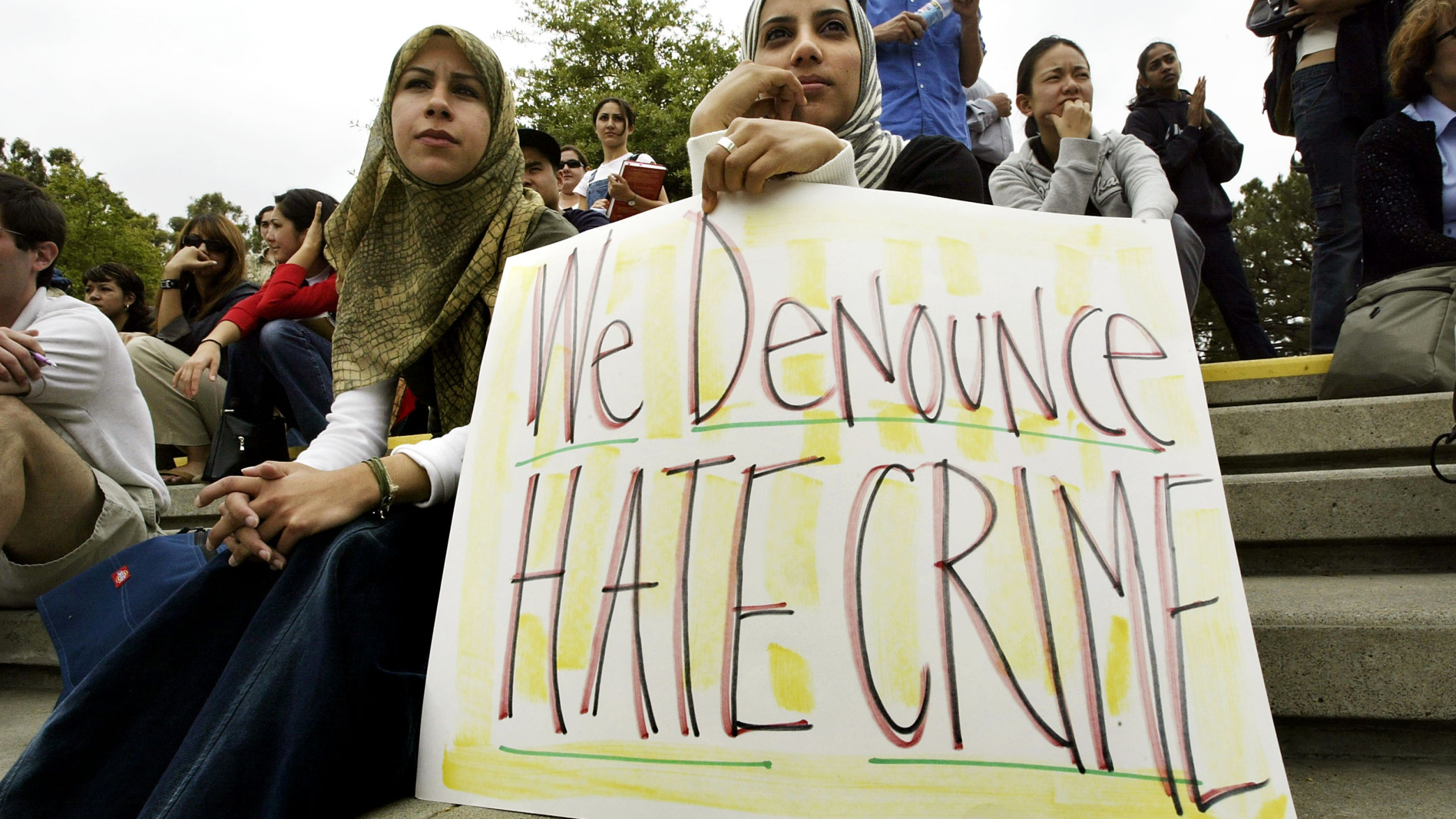 Members of the Society of Arab Students at UC Irvine participate in a protest on May 27, 2004 in Irvine, California. (David McNew/Getty Images)